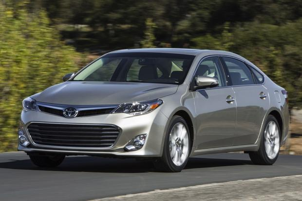 2014 Toyota Avalon: New Car Review featured image large thumb2