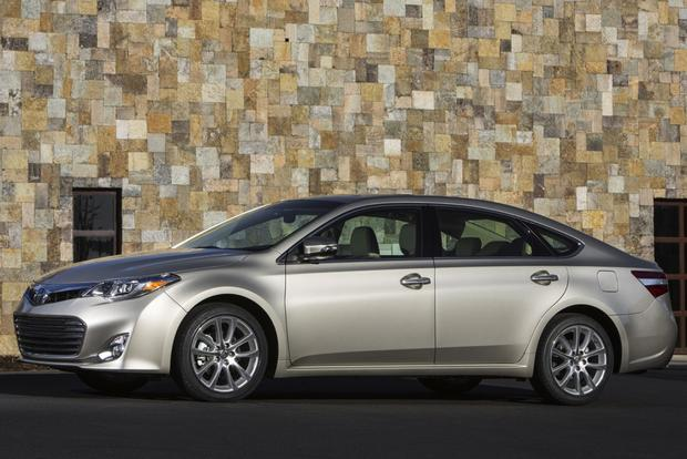 2014 Toyota Avalon: New Car Review featured image large thumb4