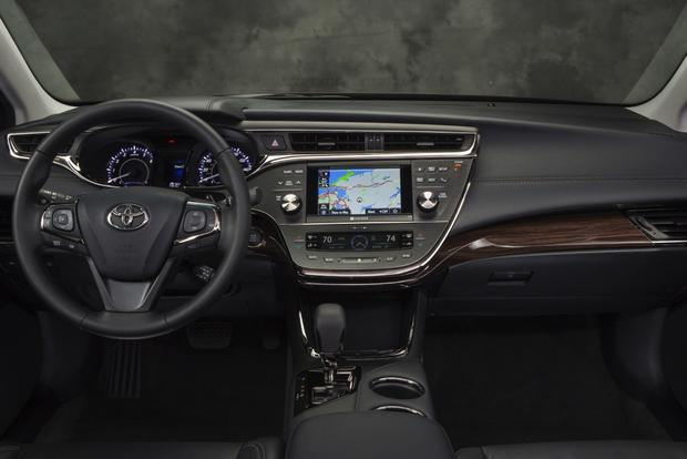 2014 Toyota Avalon: New Car Review featured image large thumb5