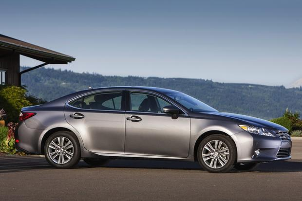 2017 Toyota Avalon Vs Lexus Es What S The Difference Featured Image Large