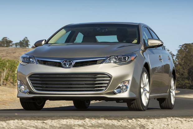 2015 Toyota Avalon: New Car Review featured image large thumb3
