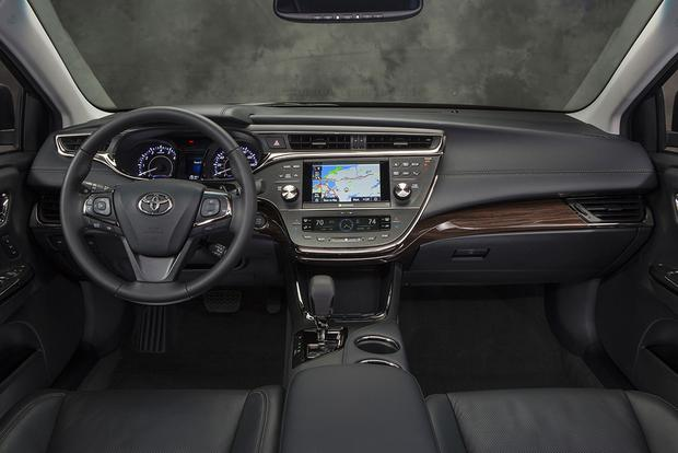 2015 Toyota Avalon: New Car Review featured image large thumb4