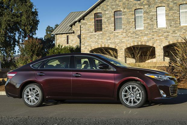 2015 Toyota Avalon: New Car Review - Autotrader
