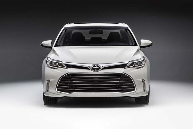 2016 Toyota Avalon Hybrid New Car Review Featured Image Large Thumb0