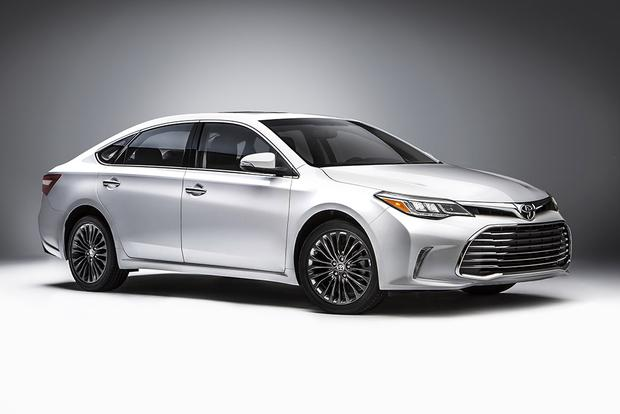 2018 Toyota Avalon New Car Review Featured Image Large Thumb0