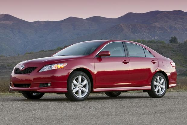 2007 2011 toyota camry used car review autotrader. Black Bedroom Furniture Sets. Home Design Ideas