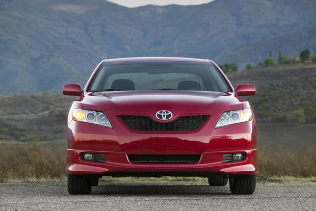 2007-2011 Toyota Camry: Used Car Review featured image large thumb2