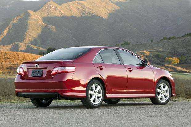 2007-2011 Toyota Camry: Used Car Review featured image large thumb3