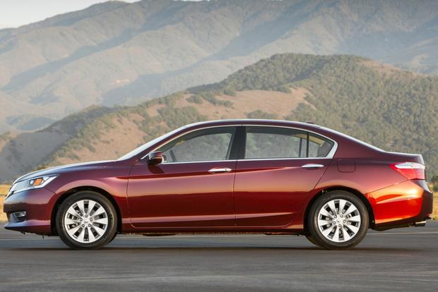 2015 Toyota Camry vs. 2015 Honda Accord: Which is Better? featured image large thumb2