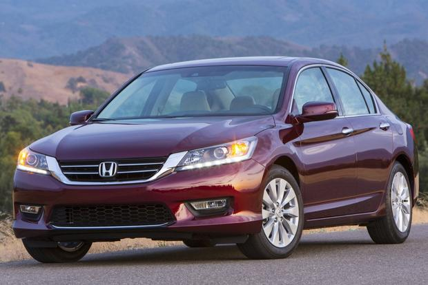2015 Toyota Camry vs. 2015 Honda Accord: Which is Better? featured image large thumb8