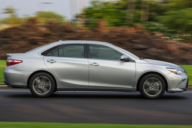 2015 Toyota Camry vs. 2015 Hyundai Sonata: Which is Better? featured image large thumb1