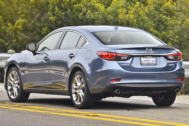 2015 Toyota Camry vs. 2015 Mazda6: Which Is Better? featured image large thumb4