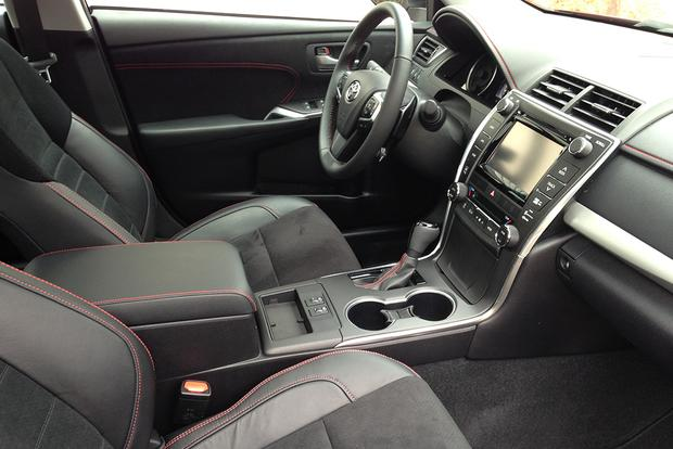 2015 Toyota Camry Xse Real World Review Autotrader