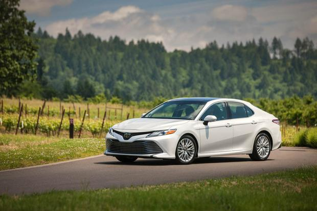 2018 Toyota Camry: New Car Review featured image large thumb2