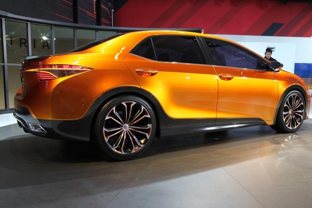 Toyota Furia Concept: Detroit Auto Show featured image large thumb5