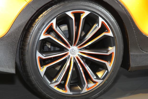 Toyota Furia Concept: Detroit Auto Show featured image large thumb6