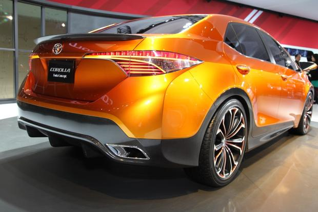 Toyota Furia Concept: Detroit Auto Show featured image large thumb7