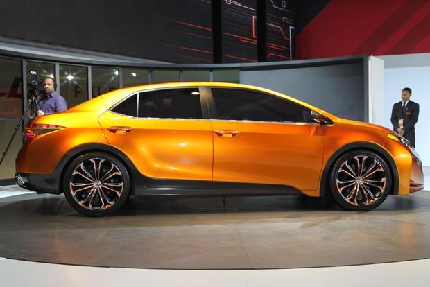 Toyota Furia Concept: Detroit Auto Show featured image large thumb12