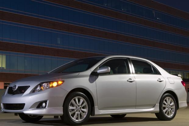2009-2013 Toyota Corolla: Used Car Review featured image large thumb1