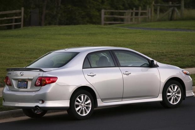 2009-2013 Toyota Corolla: Used Car Review featured image large thumb3
