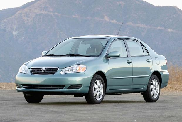 2003-2008 Toyota Corolla vs. 2006-2011 Honda Civic: Which Is Better? featured image large thumb12