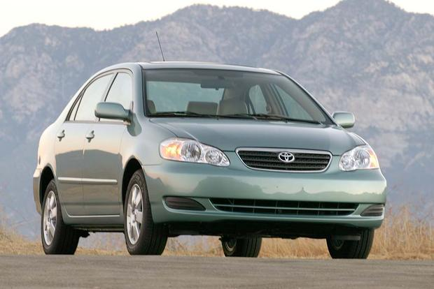 2003-2008 Toyota Corolla vs. 2006-2011 Honda Civic: Which Is Better? featured image large thumb2