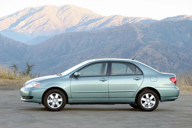 2003-2008 Toyota Corolla vs. 2006-2011 Honda Civic: Which Is Better? featured image large thumb4