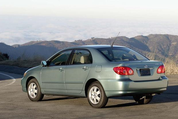2003-2008 Toyota Corolla vs. 2006-2011 Honda Civic: Which Is Better? featured image large thumb6