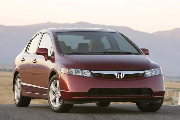2003-2008 Toyota Corolla vs. 2006-2011 Honda Civic: Which Is Better? featured image large thumb3