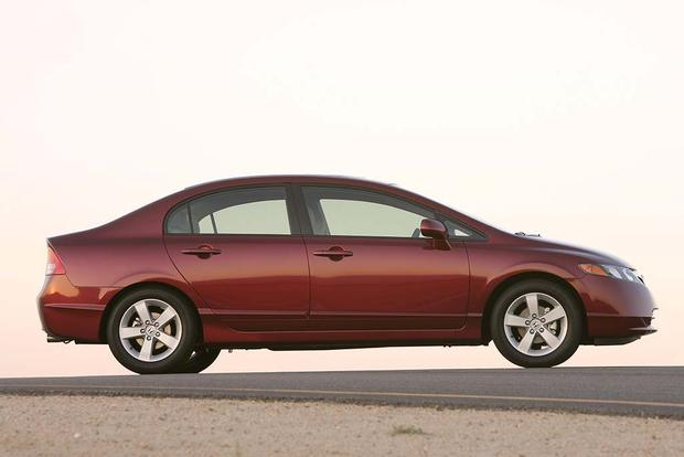 2003-2008 Toyota Corolla vs. 2006-2011 Honda Civic: Which Is Better? featured image large thumb5