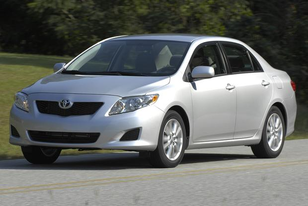 2009 Toyota Corolla: Used Car Review featured image large thumb0