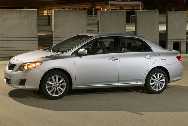 2009 Toyota Corolla: Used Car Review featured image large thumb1