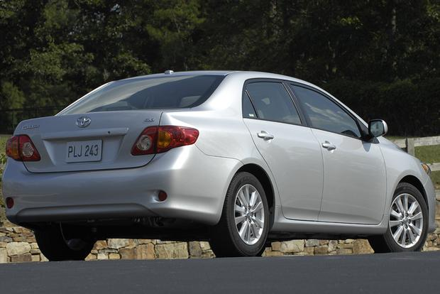 2009 Toyota Corolla: Used Car Review featured image large thumb2