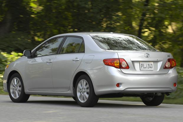 2009 Toyota Corolla: Used Car Review featured image large thumb5