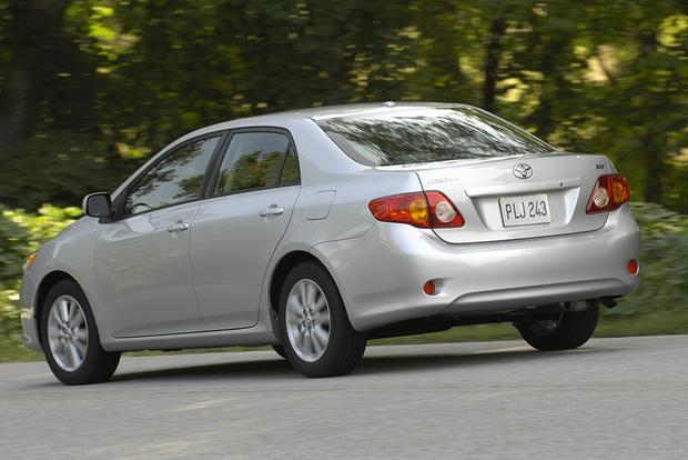 2010 toyota corolla used car review autotrader. Black Bedroom Furniture Sets. Home Design Ideas