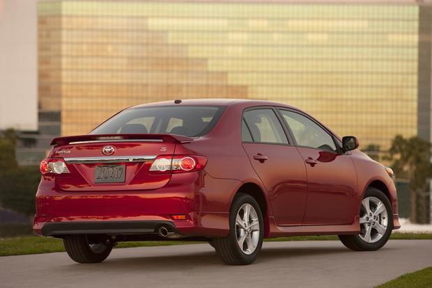 2013 vs. 2014 Toyota Corolla featured image large thumb6