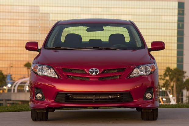 2013 vs. 2014 Toyota Corolla featured image large thumb5