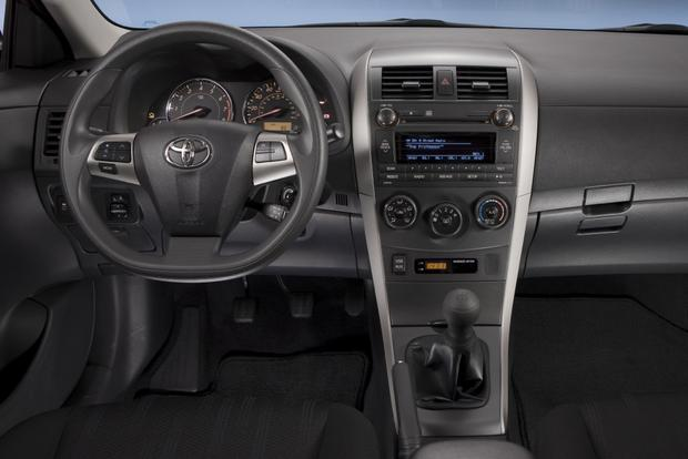 2014 Toyota Corolla Featured Image Large Thumb8