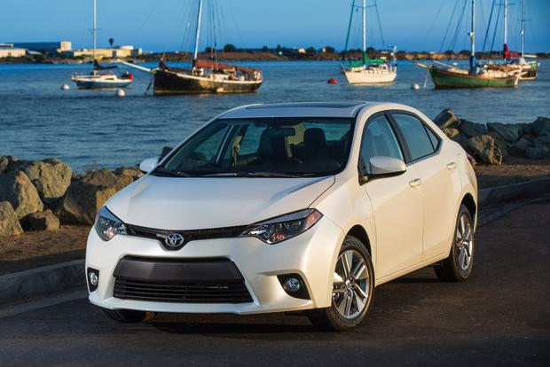 Design-ovation: 2014 Toyota Corolla featured image large thumb3