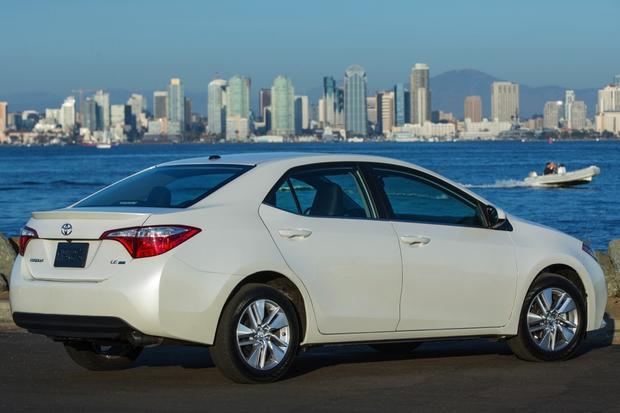 2014 Toyota Corolla LE Eco: Real World Review featured image large thumb2
