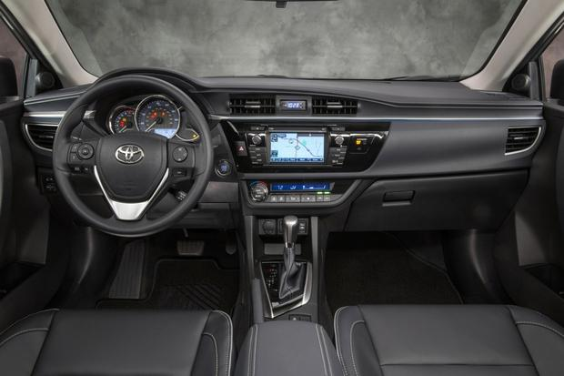 2014 Toyota Corolla LE Eco: Real World Review featured image large thumb3