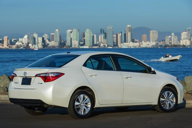 2014 Toyota Corolla: New Car Review featured image large thumb5