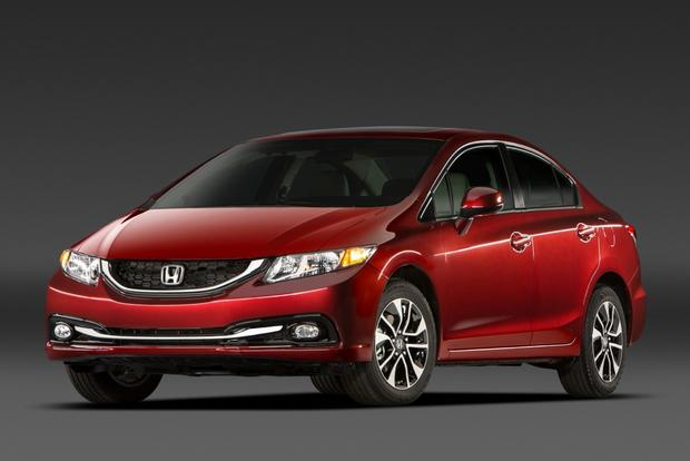2014 Toyota Corolla vs. Honda Civic featured image large thumb5