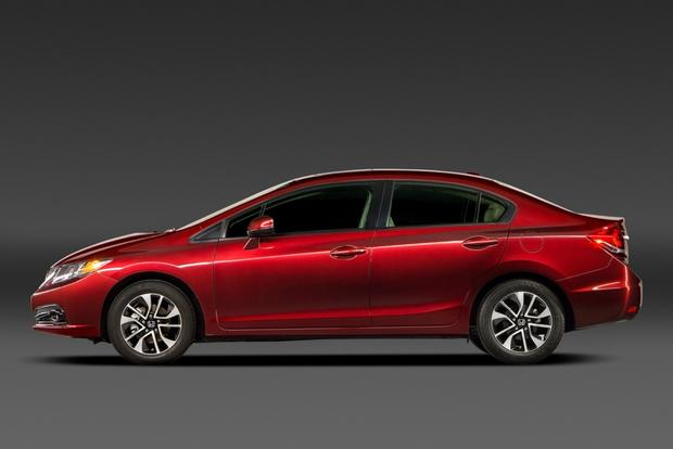 2014 Toyota Corolla vs. Honda Civic featured image large thumb6