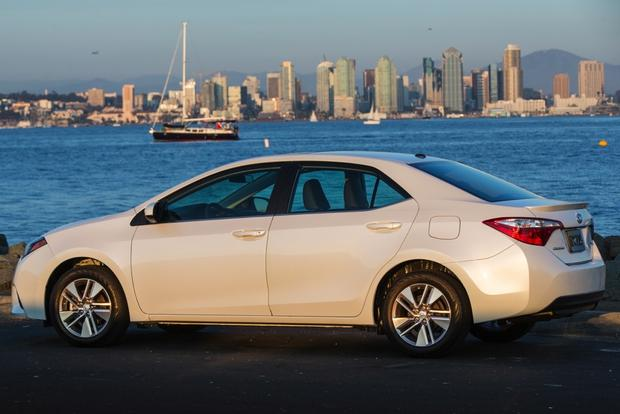2015 Toyota Corolla: New Car Review featured image large thumb6