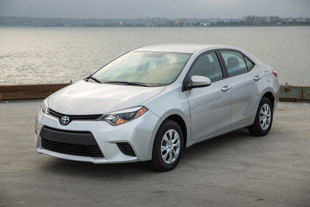 2016 toyota corolla new car review autotrader. Black Bedroom Furniture Sets. Home Design Ideas