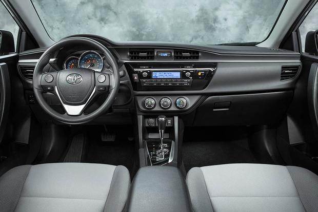 2016 vs. 2017 Toyota Corolla: What's the Difference? featured image large thumb1