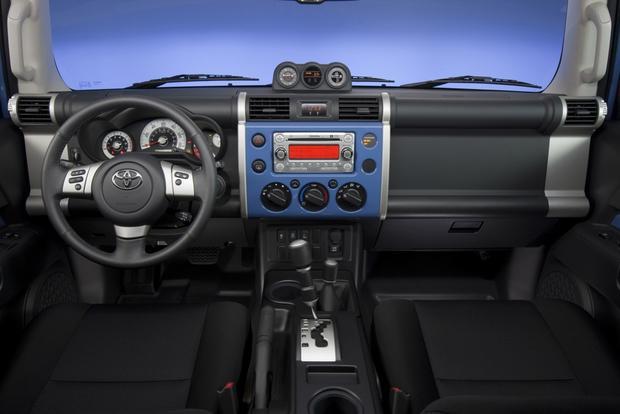 2014 Toyota Fj Cruiser New Car Review Autotrader