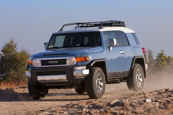 2013 Toyota FJ Cruiser: New Car Review featured image large thumb16