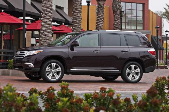 2012 Toyota Highlander: OEM Image Gallery featured image large thumb4